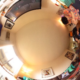 Spacepop, Image Flow Productions and Hopscotch Interactive teaming up for the Pop Pad Hollywood.  #theta360