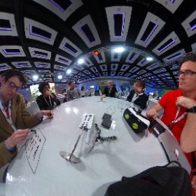 Mentoring the Internet of Things team #MiskHackathon #theta360