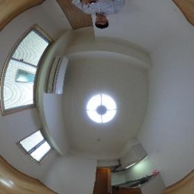 世田谷区等々力にあります「プランドール尾山台」1LDK角部屋のリビングダイニングキッチンです。物件詳細はこちらhttp://www.futabafudousan.com/bukken/g/syousai/439dat.html #theta360