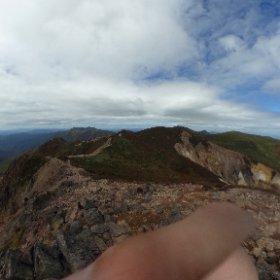 朝日岳山頂からの全天球画像。嬉しいことに僕以外にももうひとりtheta使ってる人がいた。 #theta360