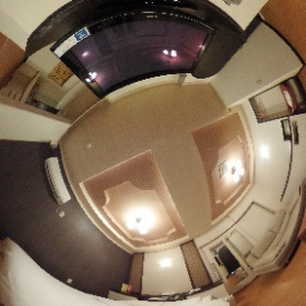 【与那原自動車ホテル】お部屋番号【C-5】ジェットバスが付いているお部屋です。ハイパワーのジェット噴流が全身をくまなくマッサージすることで日頃の疲れを癒してくれます。心ゆくまでごゆっくりとおくつろぎください。  ホームページはこちら↓  http://yonabaru-hotel.com