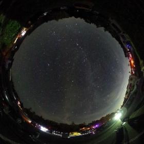 2020年8月18日、大台ケ原駐車場にて撮影。中央付近の森の上のあたりに、偶然流れ星が写っていました。 #theta360