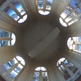 Inside a little kiosk #gent #ghent #visitgent #360view  #theta360