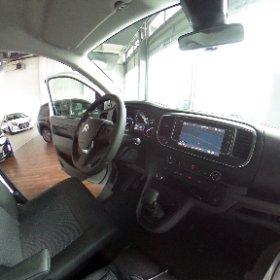 Der neue #Jumpy bei Auto Schweiger in #Pfaffenhofen. #neuerjumpy #citroen #citroenjumpy #360cam #360grad #autohaus #theta360de
