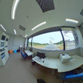 国土地理院石岡測地観測局 YLBI観測室