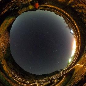 千葉県大山千枚田の夜間イルミネーションと満天の星空