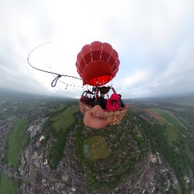 An early morning balloon ride with Mrs Mole today from Shalford to Chiddingfold #virginballoons #theta360uk