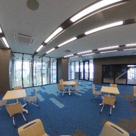 新棟2階 大会議室です。 会議や、地域向けの講座に使用しています。 #theta360