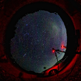 Thetaで撮影したふたご座流星群です(^^) 2台のカメラより全天球カメラの方が決定的な 瞬間をおさえていました(-_-;) #theta360