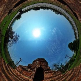 วัดธาตุโขง (Wat Tat Khong) บ้านเชียงแสนน้อย ตำบลเวียง อำเภอเชียงแสน จังหวัดเชียงราย 57150 @ http://www.Wat.today/ @ http://www.วัด.ไทย/