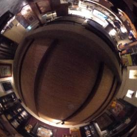 仏像BAR TERA(大阪)  photo : 360度カメラ研究会(http://camera-360do.com/) by ほーりー