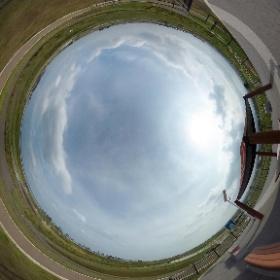 先日のブログの記事「千年希望の丘」に貼るの忘れていた、THETAの360°画像を、公開しました。 http://blog.enviro-studio.net/?eid=1138 #theta360