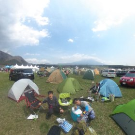 GO OUT campに来ました。 名古屋組とも合流して集合写真 #theta360