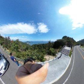 グリーンラインからの景色、鞆の浦方向と沼隈方向が両方見える #theta360