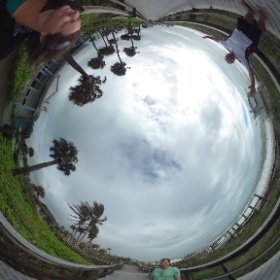 Always fun discovering new toys with Jeff!  #360views #lookaroundup&down #saltywindyday