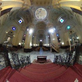 Altar mayor y nave central de la Iglesia Mayor, Parroquia de San Juan Bautista. #Chiclana #ChiclanadelaFrontera http://www.dechiclana.com/item/iglesia-de-san-juan-bautista/ #theta360
