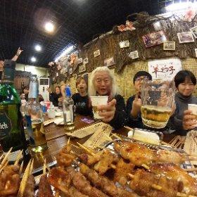 長かったツアーも今日でファイナル!! どうもお疲れ様でした〜 これ食ったら朝一番の便で日本に帰ります〜