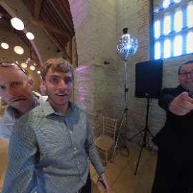 Fun with the @Shootinghip hipsters at the stunning @TitheBarnhants yesterday