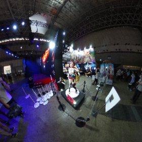 Figurine géante de Ryza dans Atelier Ryza au Tokyo Game Show 2019 ! #theta360 #theta360fr