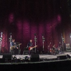 THE SHERLOCKS: Soundchecking ahead of supporting Kings if Leon at Sheffield Arena Sat, June 10, 2017 #theta360 #theta360uk