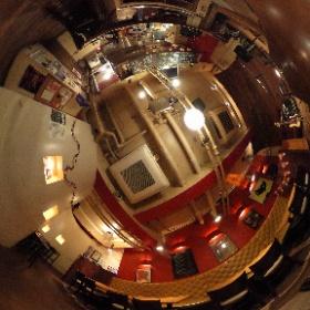 下北沢のライブバー「BAR? CCO」の店内。 #theta360