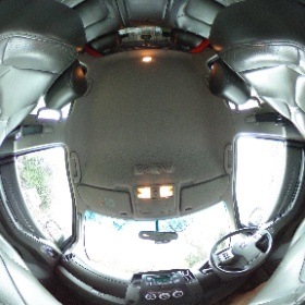 #Nissan #Navara #Tekna #190 #Red #theta360 #theta360uk