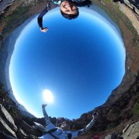 テンクモ様「全天球登山部」 THETA S発売日の翌日に撮りました。登山の魅力はやはり山頂から見渡す景色だと思うので、それを伝えるためのツールとしてTHETAは非常に有効だと感じています。 #theta360
