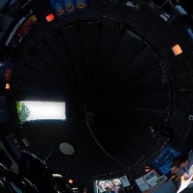 """Eclipse du Soleil 21 août 2017 à l'observatoire de Laval  Longue file d'attente pour observer l'éclipse avec le télescope Meade LX200 - 14"""""""