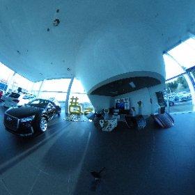 Vista 360 de la exposición de #petrolart25años #petrolart #untaggable #Q2 @audispain @Audi_Prensa @nachoglezm @motorgomez #theta360