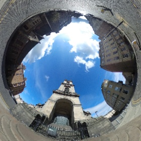 St Stephen's on the steps. My shadow reveals the vertical selfie stick (scroll down). #theta360