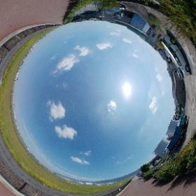 #THETAV 手持ち一脚撮影 DR補正 EV0 Auto WB / 八尾空港 #theta360