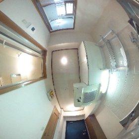 第2コア辰巳ビル102 玄関・キッチン