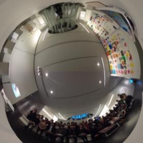 宮城大学事業構想学部デザイン情報学科卒業制作展 学生自主レビュー会場にて