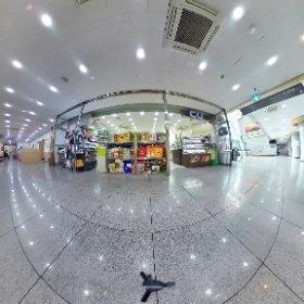 1F-Lobby CU mart