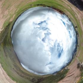 謎の円形遺跡モライ(^_^) #theta360
