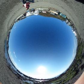 walking to Hayama Morito Beach  葉山の森戸海岸に歩いていく途中!  ドイツ式カイロプラクティック逗子整体院 www.zushi-seitai.com  #theta360