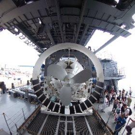潜水艦救難艦ちはやの一般公開にて。救難艇、かっこいいー! #theta360