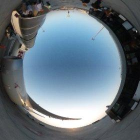 ドーハ空港。夜明けなのに30℃オーバーで暑い! #theta360