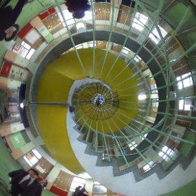 絵鞆小学校閉校式典6 みんな大好き螺旋階段。 #theta360