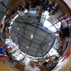 @AssOpenG #WiFi #ogWifi Al @MercatoDelCarmine è iniziato opentalk #theta360it
