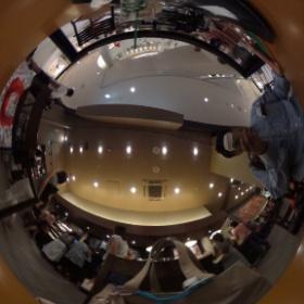 スターバックス@某ショッピングセンターなう #theta360