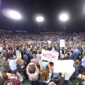 Another 360 image from the @BernieSanders rally in Carson CA tonight. Click and scroll for 360 effect. @nbcla #theta360