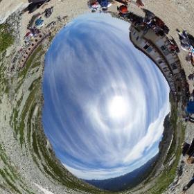 立山登山に行ってきました。雄山登山、一の越山荘に到着です #立山 #雄山登山 #一の越山荘 #theta360