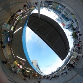 JR逗子駅前です。  www.zushi-seitai.com ドイツ式カイロプラクティック逗子整体院 #theta360