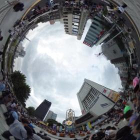 #中野サンプラザ 前は大賑わい!う〜ん、やっぱ #RICOH #THETA は面白いな! #theta360