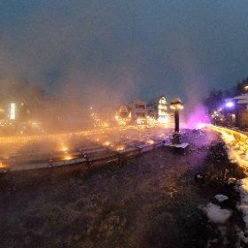 草津の湯畑、雪の量が流石に違うな。 #snow3d #theta360
