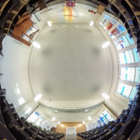 Kirchenraum im Evangelischen Gemeindezentrum Worms-Herrnsheim