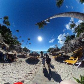 Take a walk to the beach at Iberostar in the Dominican Republic #theta360