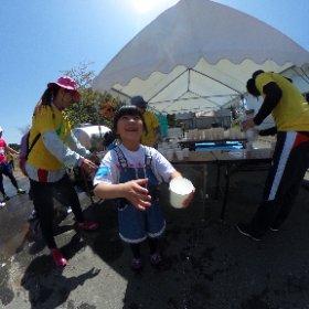 エイドの女の子が可愛い、頑張ろ!#東北風土2016 #GenkiTohoku 詳細はこちら http://i.ktri.ps/genkitohoku #theta360
