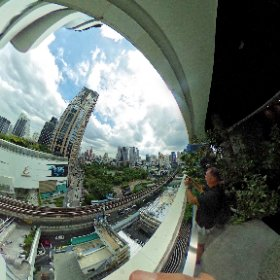 The Helix food court atrium at Emquartier label shopping complex at BTS skytrain station Phrom Pong, SM hub https://goo.gl/XStBJP  BEST HASHTAGS #HelixFoodCourt   #Emquartier   #BkkFoodCourt
